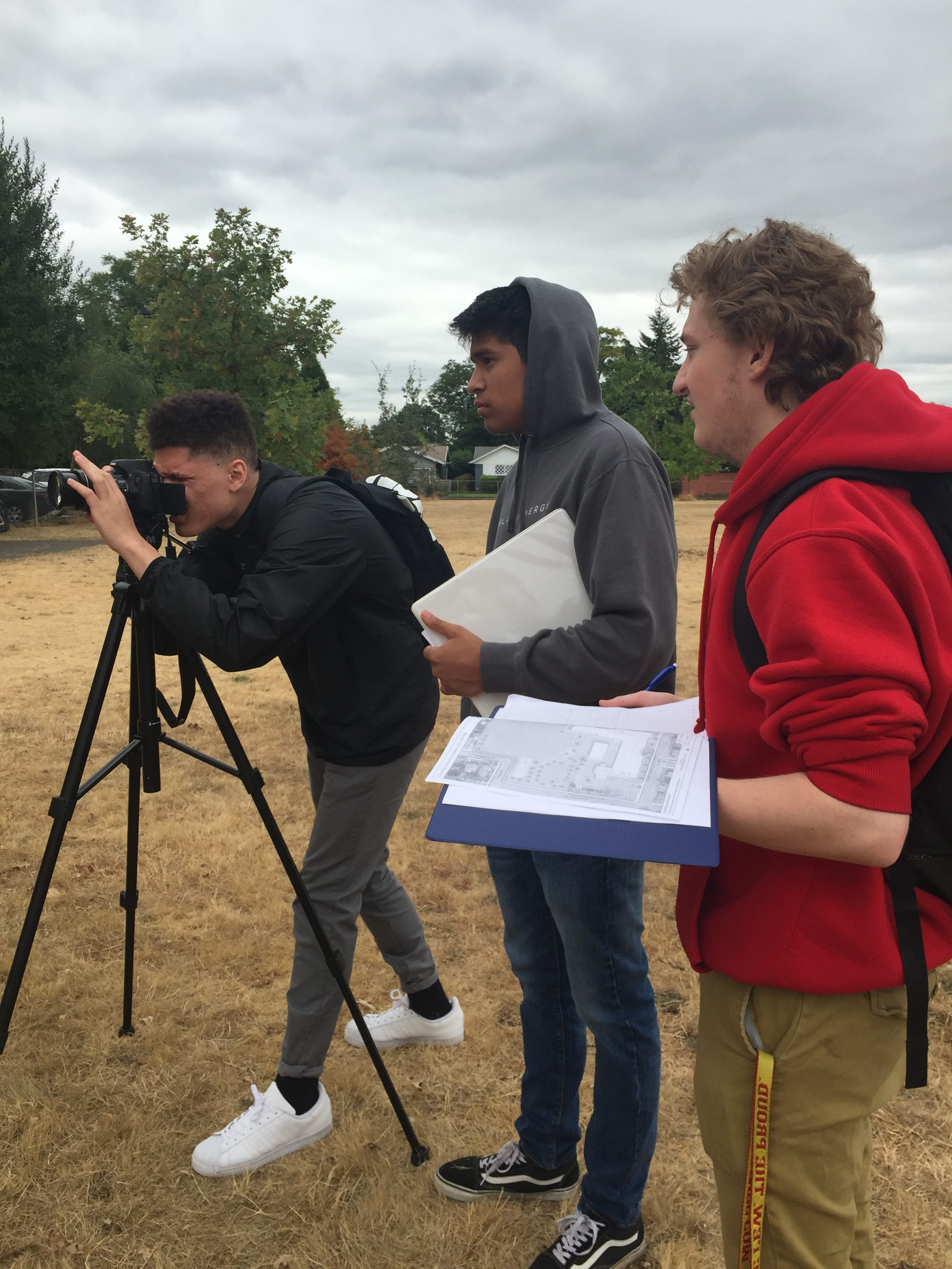 Forest Ecology students documenting arboretum trees